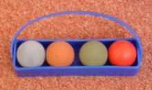košíček s míčky